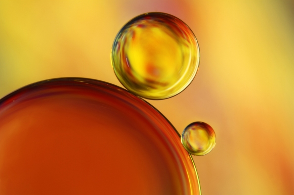 14-Abstract-Oil-Drops-1